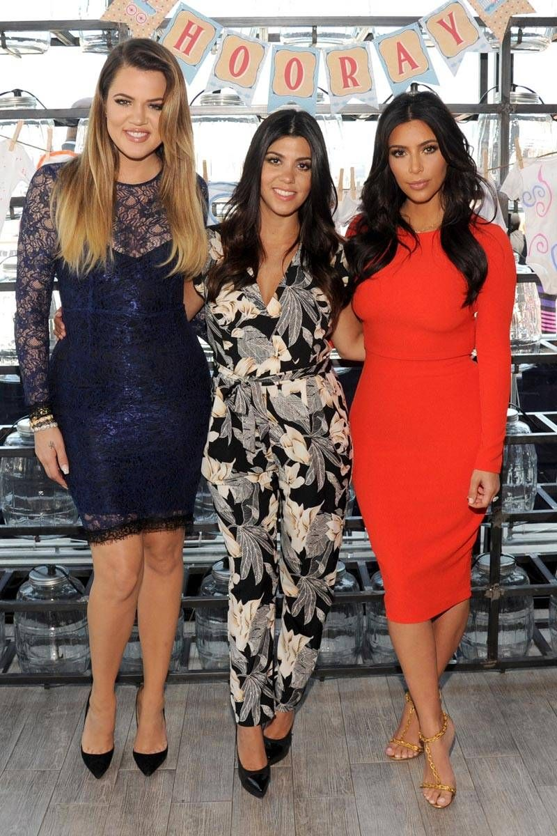 aed6ed57333a Kardashian Sisters Gossip - Pregnancy Style and Baby North West