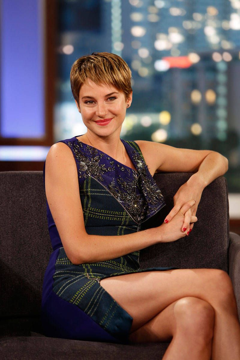 Shailene Woodley Suns Her Vagina, Plus 11 Other Weird and Awesome Facts About the Actress