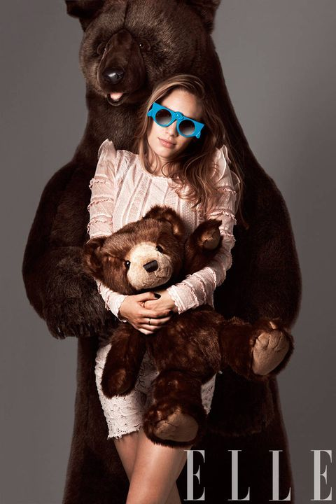 Brown, Textile, Toy, Liver, Stuffed toy, Fur, Snout, Terrestrial animal, Sunglasses, Natural material,