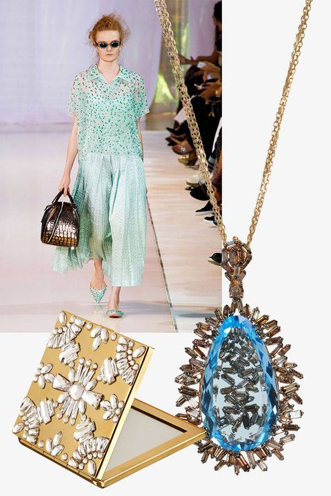 Blue, Fashion accessory, Style, Jewellery, Bag, Dress, Chain, Teal, Fashion, Pattern,