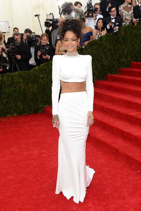 Clothing, Stairs, Flooring, Shoulder, Outerwear, Red, Carpet, Premiere, Dress, Style,