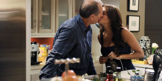 Couples Who Kiss Each Other Frequently Make Better Parents