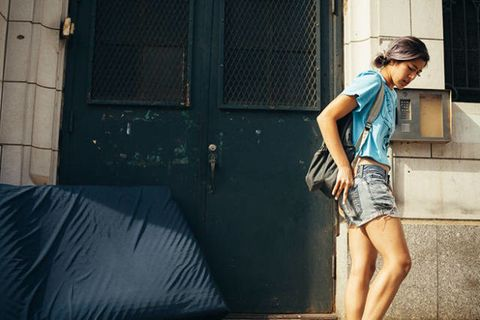 Going From Class to Class With Emma Sulkowicz and Her Mattress
