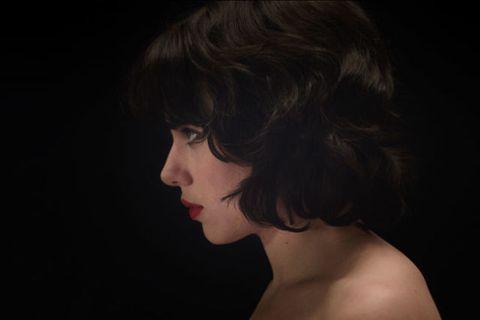 Skin under scarlett naked the johansson Scarlett Johansson