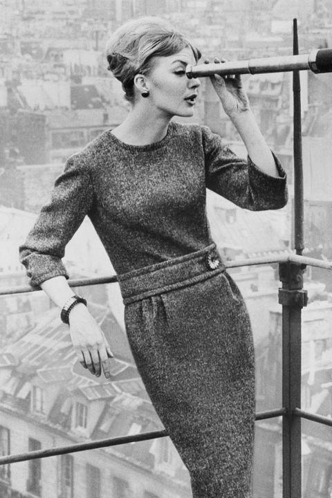 Sleeve, Standing, Style, Waist, Vintage clothing, Monochrome, Retro style, Black-and-white, Monochrome photography, Belt,