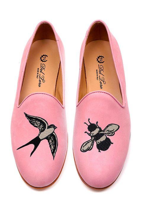Pink, Musical instrument accessory, Black, Magenta, Insect, Invertebrate, Peach, Arthropod, Wing,