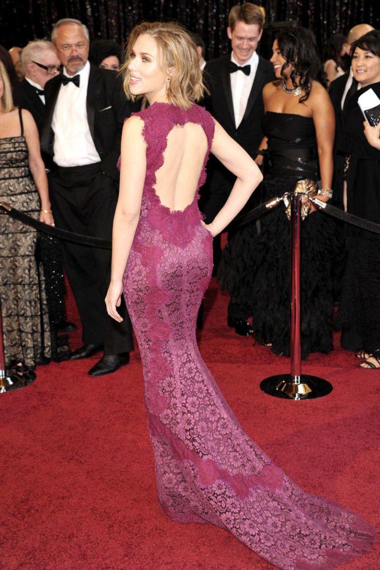 Scarlett Johansson Style - Fashion Pictures of Scarlett Johansson