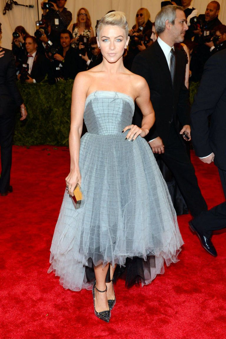 Met Gala 2013 Red Carpet - Fashion Looks at the Punk-Themed Met Ball