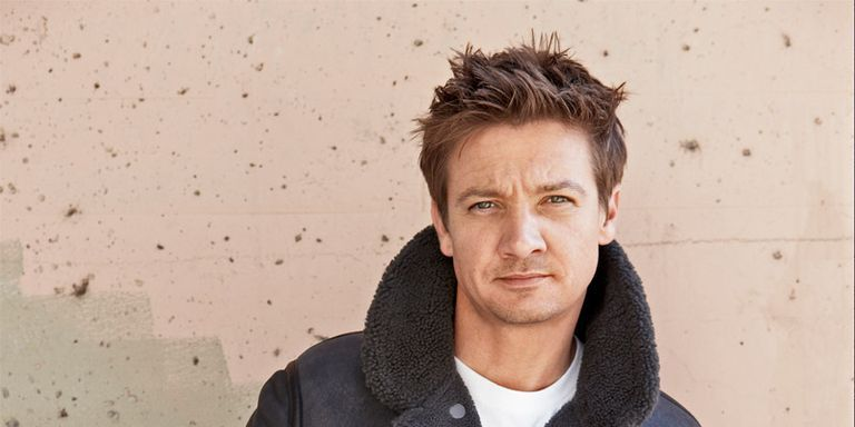 New Dad Jeremy Renner Talks Love and Strip Clubs