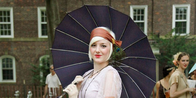 Jazz Age Lawn Party Street Style S Street Style - 15 photos showing the amazing womens street style from the 1920s