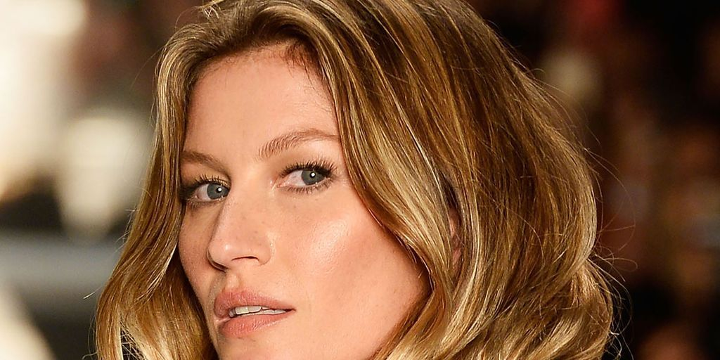 The Expert-Approved Schedule to Follow for Your Best Hair Ever