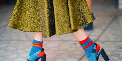 Blue, Human leg, Textile, Joint, Red, Electric blue, Pattern, Street fashion, Fashion, One-piece garment,