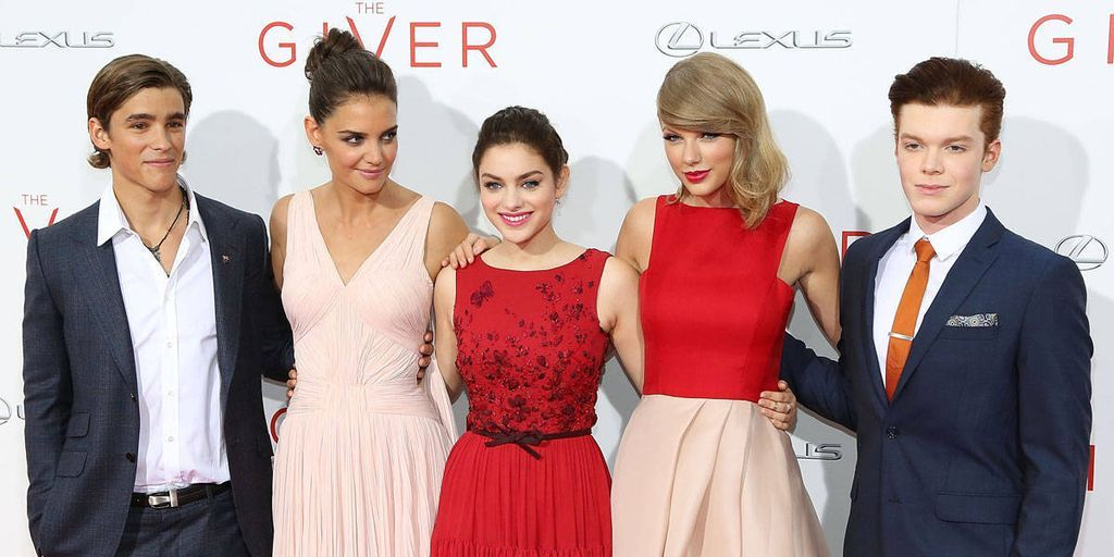 Red Was the Color of Choice at 'The Giver' Premiere