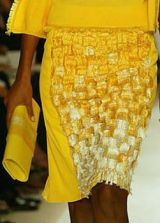 Oscar de la Renta Spring 2004 Ready-to-Wear Detail 0002