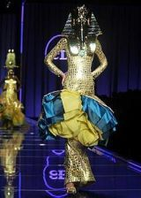 Christian Dior Spring 2004 Haute Couture Collections 0003