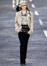 Chanel Fall 2004 Ready-to-Wear Collections 0002