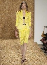 Anne Klein Spring 2004 Ready-to-Wear Collections 0002