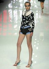 Versus Spring 2004 Ready-to-Wear Collections 0002