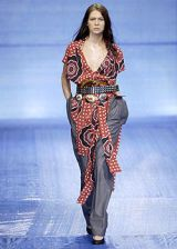 Vivienne Westwood Spring 2004 Ready-to-Wear Collections 0002