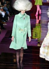Christian Lacroix Fall 2004 Haute Couture Collections 0003