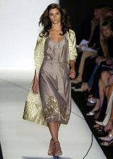 Vera Wang Spring 2005 Ready-to-Wear Collections 0003