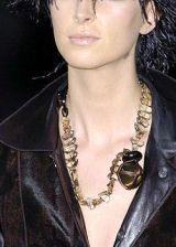 Giorgio Armani Fall 2004 Ready-to-Wear Detail 0002