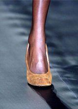 Vivienne Westwood Fall 2004 Ready-to-Wear Detail 0003