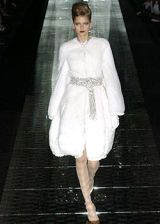Valentino Fall 2004 Haute Couture Collections 0002