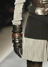 Givenchy Fall 2003 Ready-to-Wear Detail 0003