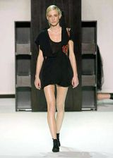 Hussein Chalayan Fall 2003 Ready-to-Wear Collections 0002