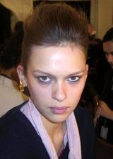 Narciso Rodriguez Fall 2003 Ready-to-Wear Backstage 0002
