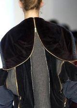 Jiwon Park Fall 2003 Ready-to-Wear Detail 0003