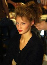 Oscar de la Renta Fall 2003 Ready-to-Wear Backstage 0003