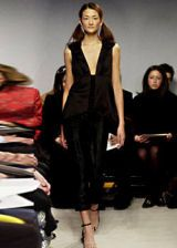 Vera Wang Fall 2003 Ready-to-Wear Collections 0003
