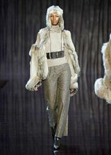 Valentino Fall 2003 Ready-to-Wear Collections 0002