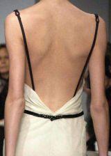 Vera Wang Fall 2003 Ready-to-Wear Detail 0003