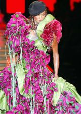Christian Dior Fall 2003 Haute Couture Detail 0003