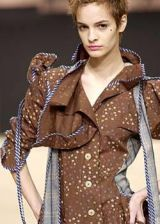 Vivienne Westwood Fall 2003 Ready-to-Wear Detail 0003