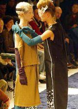 Undercover Fall 2003 Ready&#45&#x3B;to&#45&#x3B;Wear Detail 0002