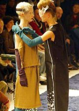 Undercover Fall 2003 Ready-to-Wear Detail 0002