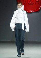 Viktor and Rolf Fall 2003 Ready-to-Wear Collections 0002