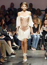 Diane von Furstenberg Spring 2004 Ready-to-Wear Collections 0003