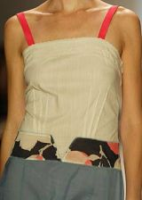 BCBG Spring 2004 Ready-to-Wear Detail 0003