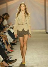 DKNY Spring 2004 Ready&#45&#x3B;to&#45&#x3B;Wear Collections 0002