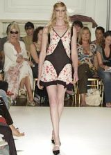 Temperley Spring 2004 Ready-to-Wear Collections 0002