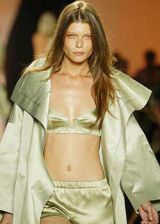 Donna Karan Spring 2004 Ready-to-Wear Detail 0003