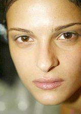 Gibo Spring 2004 Ready-to-Wear Backstage 0002