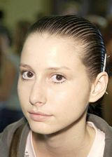 Rafael Lopez Spring 2004 Ready-to-Wear Backstage 0002