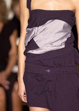 Miki Fukai Spring 2004 Ready-to-Wear Detail 0003