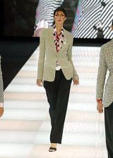 Giorgio Armani Spring 2004 Ready&#45&#x3B;to&#45&#x3B;Wear Collections 0003